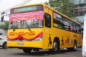 quang-cao-xe-bus-159-1